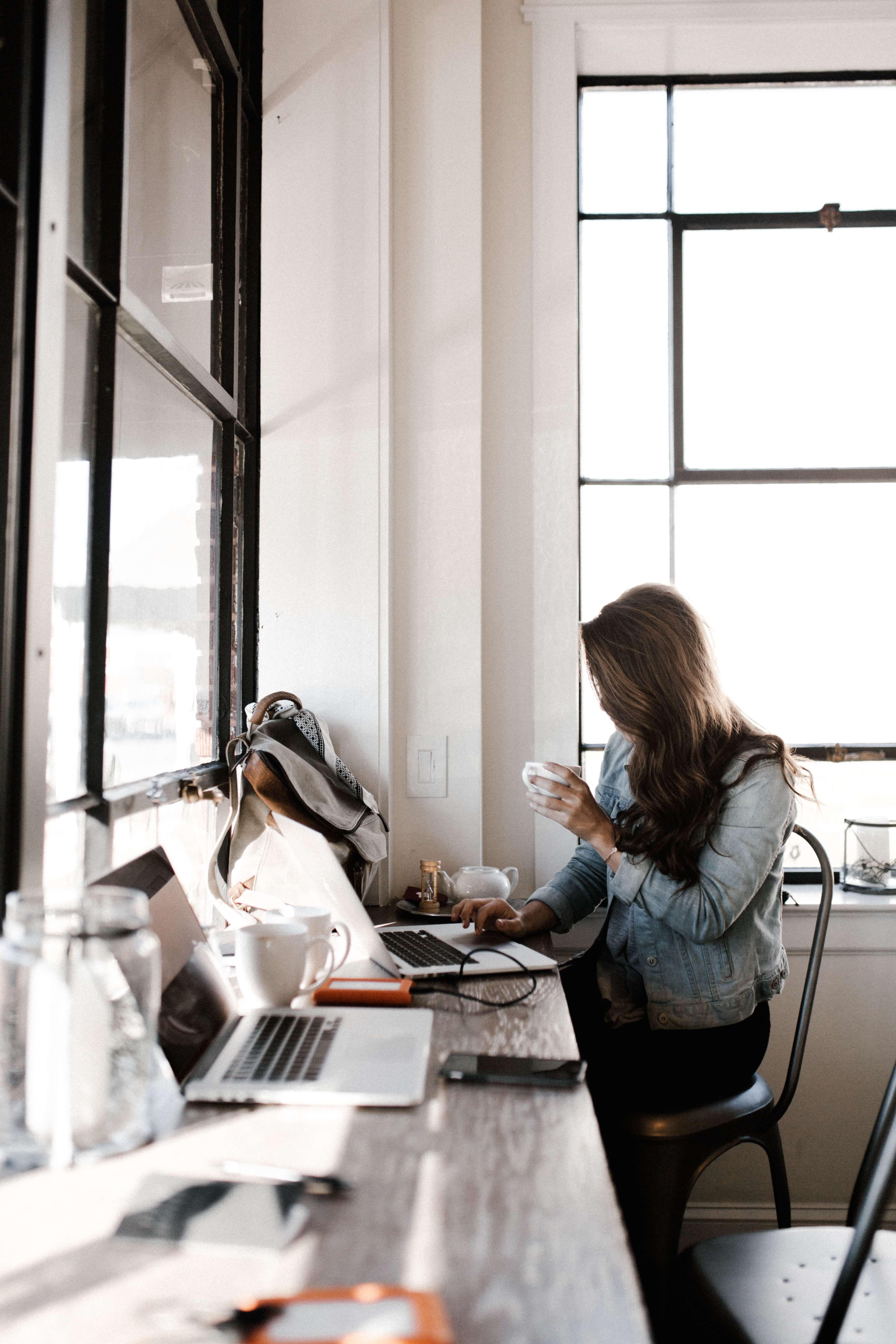 Professional Interior Designer, Interior Design Business Coach,